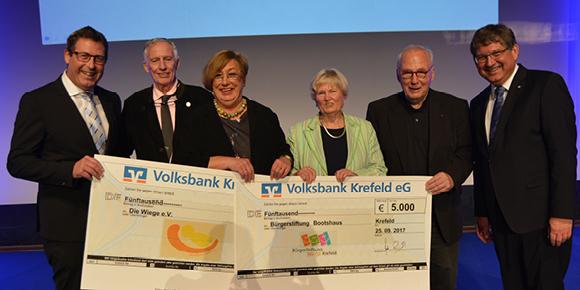 Spendenübergabe - Volksbank Krefeld eG